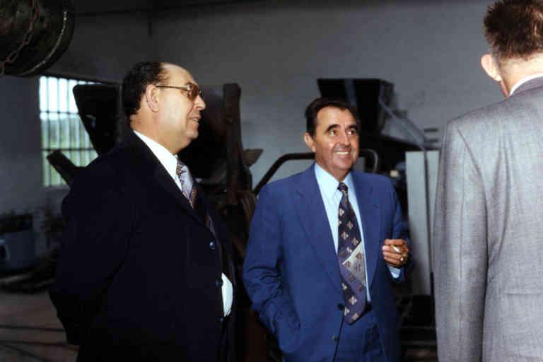 Félix Mora, au centre, avec la cigarette dans la main, dans les années 70 ?