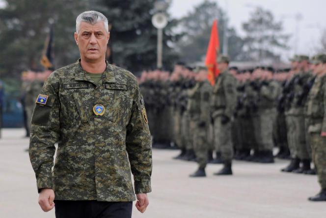 Le président du Kosovo, Hashim Thaçi, assiste à une cérémonie des forces de sécurité, à Pristina, Kosovo, le 13 décembre 2018.