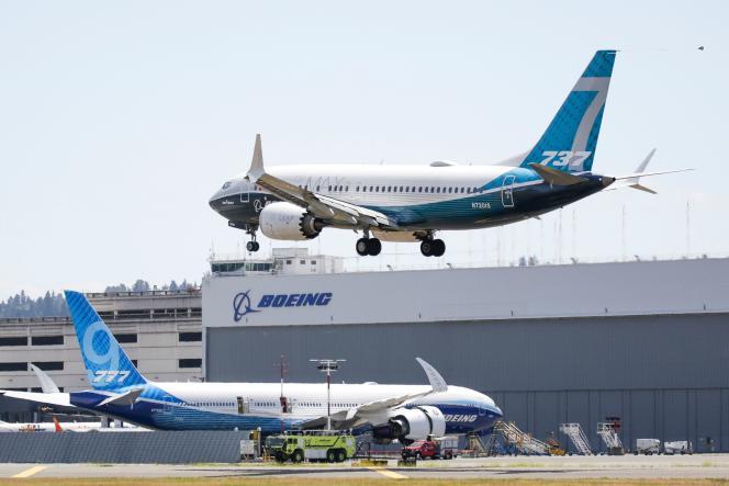 Atterrissage d'un Boeing 737 Max en vol d'essai à Seattle (Etat de Washington), le 29 juin 2020.