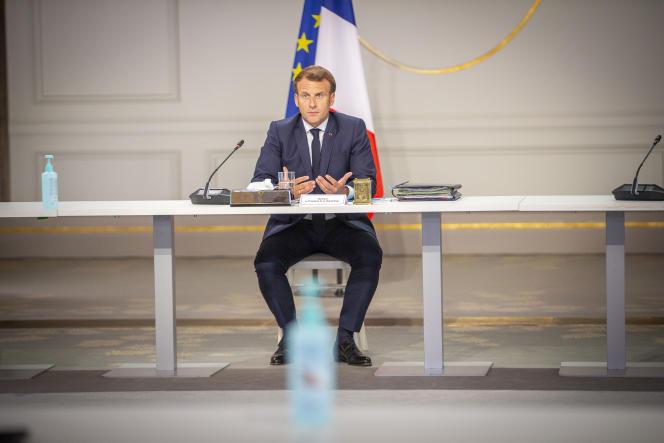 Emmanuel Macron, président de la république, reçoit les partenaires sociaux au Palais de l'Elysée à Paris, mercredi 24 juin 2020.