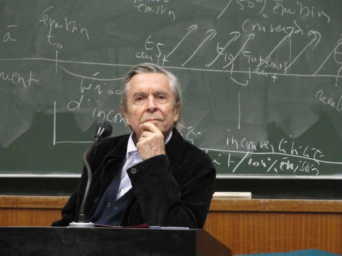 Le philosophe Jean-Pierre Faye à l'université de Toulouse 1 Capitole, en 2010.