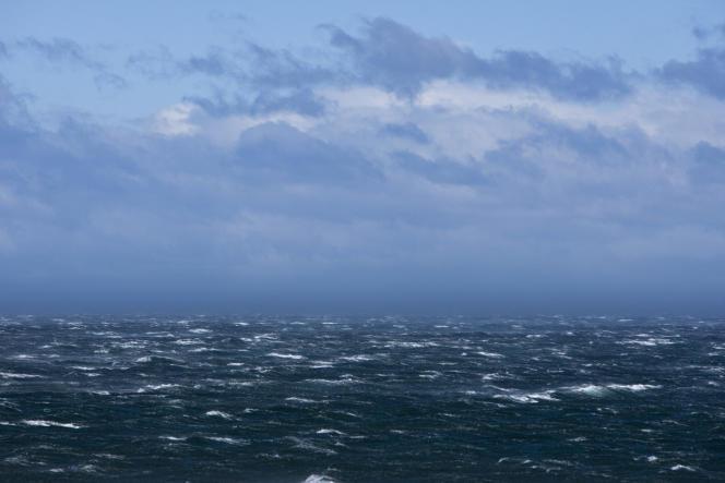 Tempête dans le détroit de Magellan, vue depuis la Patagonie chilienne.