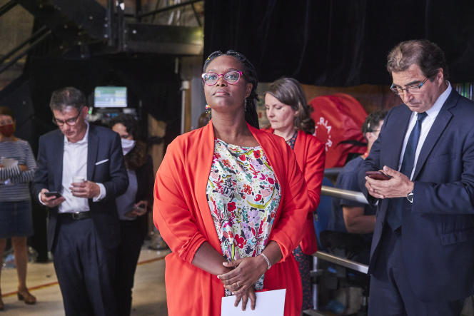 La porte-parole du gouvernement, Sibeth Ndiaye, sur le plateau de France2 à l'occasion du second tour des élections municipales, le 28 juin.