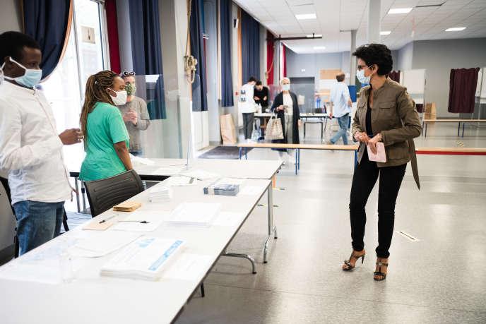 Rachida Dati votes in Paris.
