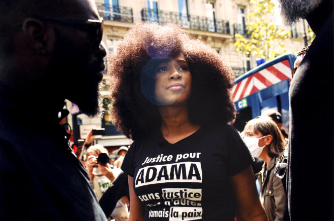 Assa Traoré lors de la manifestation contre les violences policières et le racisme, place de la République, à Paris, le 13 juin.