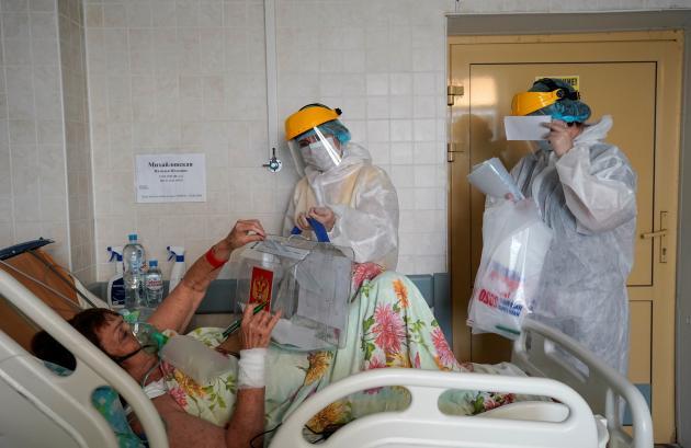 Des bureaux de vote mobiles ont été mis à disposition dans les hôpitaux.