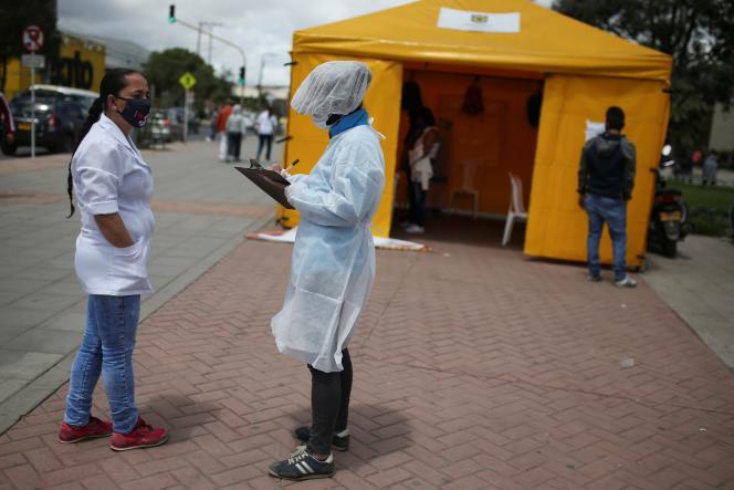 Un centre de dépistage du coronavirus à Bogota, le 1er juillet.