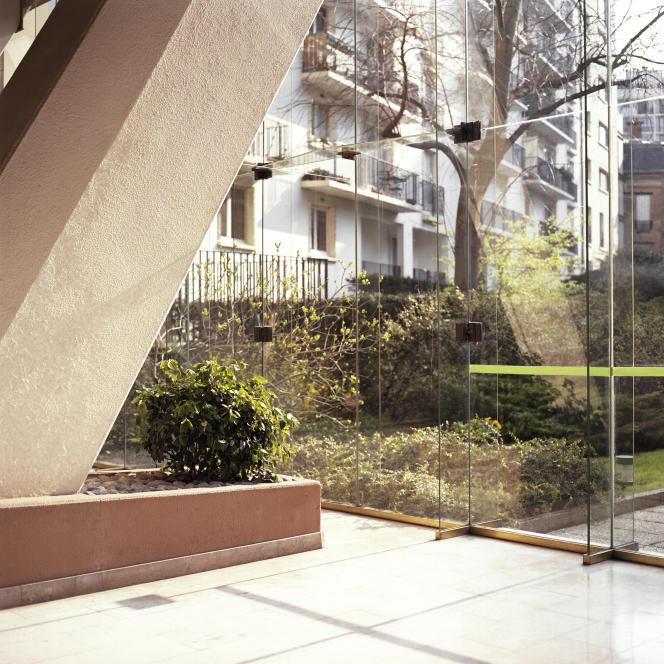 Hall d'un immeuble du 13e arrondissement, à Paris, en mai 2007.