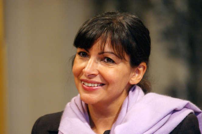 Anne Hidalgo, alors première adjointe au maire de Paris, le 8octobre 2002 à l'Hôtel de ville.