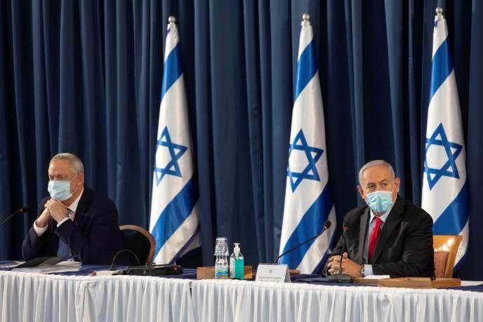 Le premier ministre israélien Benjamin Netanyahu et le ministre israélien de la défense Benny Gantz, à Jérusalem, le 14 juin.