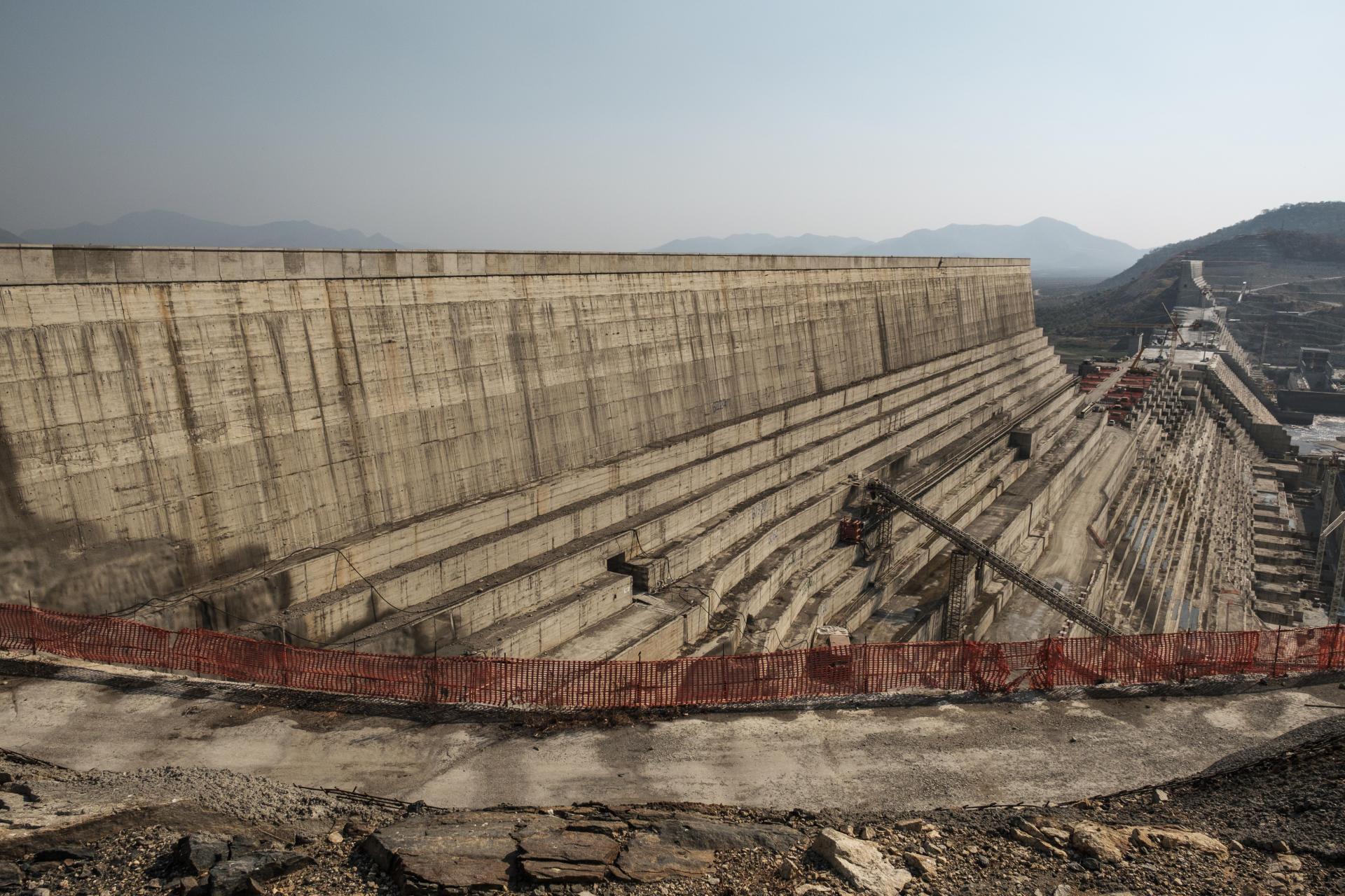Le chantier du grand barrage de la Renaissance, sur le Nil bleu près du village de Guba, en Ethiopie, en décembre 2019.