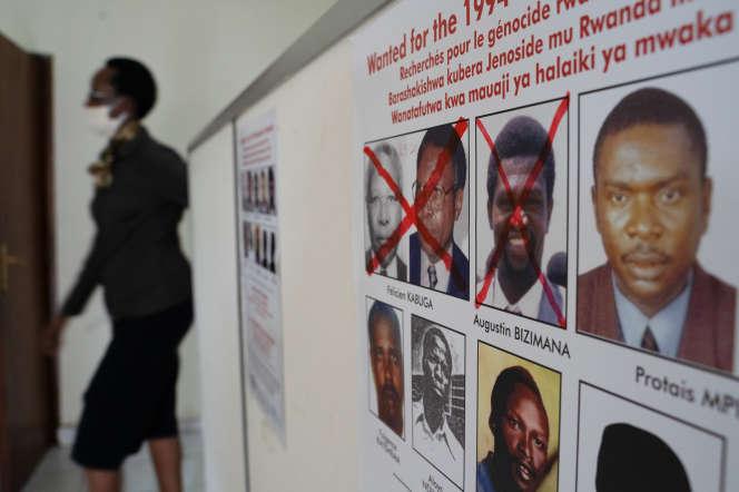 A l'entrée de l'un des bureaux de l'Unité rwandaise de traque des fugitifs suspectés de crime de génocide (GFTU), à Kigali, le 22 mai 2020.