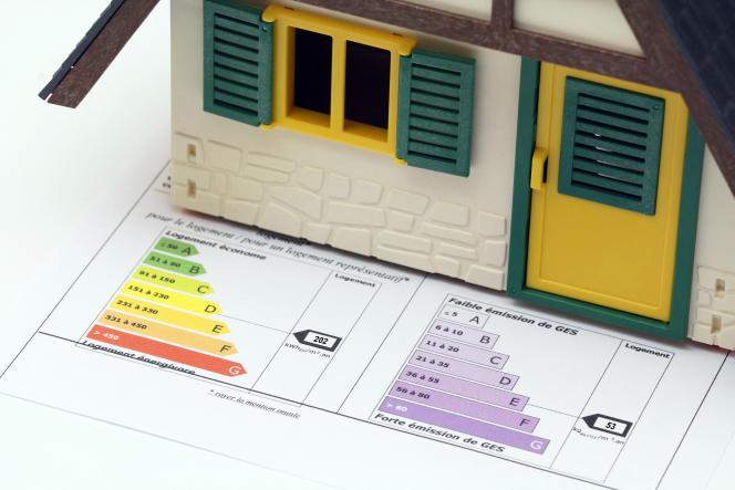 Le diagnostic de performance énergétique estime la consommation énergétique du logement et son taux d'émission de gaz à effet de serre.