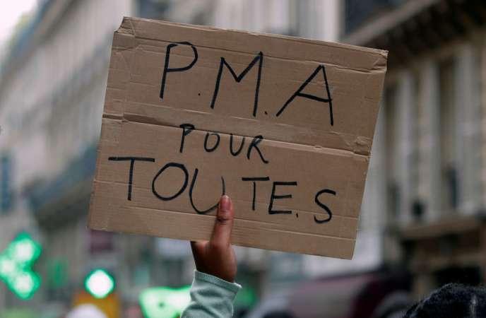 Manifestation pour la PMA, à Paris, le 4 juillet.