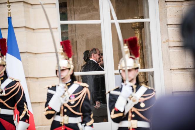 Jean Castex prenant ses fonctions de premier ministre à l'Hôtel Matignon à Paris, le 3 juillet.
