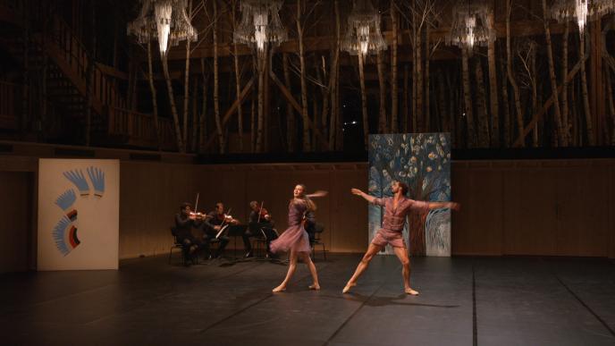 Le Quatuor Modigliani interprète Ravel et Schubert, avec les danseurs Agnès Letestu et Florent Melac, auxRencontres musicales d'Evian(Haute-Savoie), le 4 juillet 2020.