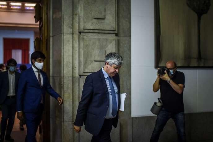Mario Centeno, l'actuel président de l'Eurogroupe, après qu'il a annoncé sa démission du ministère des finances portugais, à Lisbonne, le 9 juin 2020.