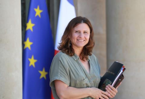 (FILES) In this file photo taken on June 24, 2020 French Sports Minister Roxana Maracineanu leaves after the weekly cabinet meeting at the Elysee Palace in Paris, on June 24, 2020. Roxana Maracineanu has been named minister for Sports as part of the government reshuffle announced on July 6, 2020 at the Elysee Palace in Paris. / AFP / Ludovic Marin