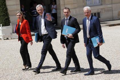 Bruno Le Maire, entouré d'Agnès Pannier-Runacher, Olivier Dussopt et Alain Griset, à l'Elysée, le 7 juillet.