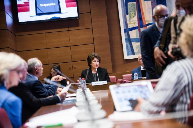 Roselyne Bachelot entendue par la commission d'enquête parlementaire sur la crise sanitaire, à l'Assemblée nationale à Paris, le 1er juillet.