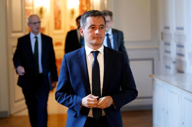 Le nouveau ministre de l'intérieur, Gérald Darmanin, à une réunion avec les forces de l'ordre, place Beauvau (Paris), le 8 juillet.