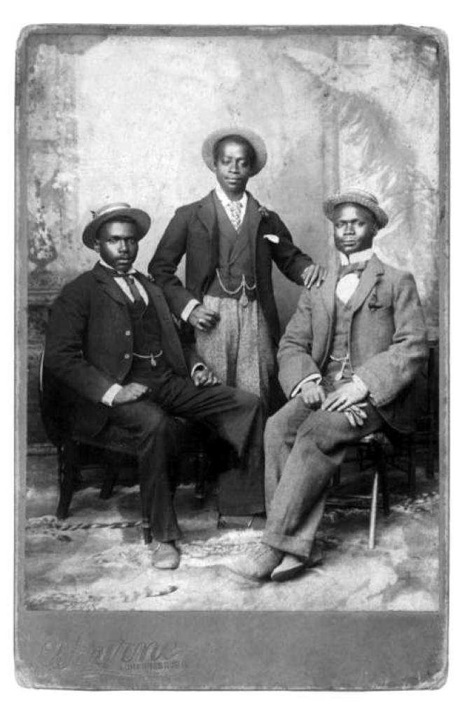 Santu Mofokeng : «The Black Photo Album. Look at Me», 1880-1950 - The Walther Collection.