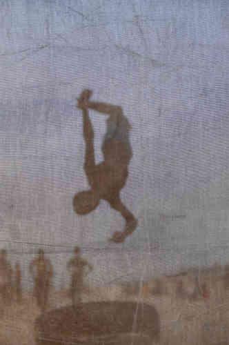 Mabeye Deme, série «Wallbeuri, l'envers du décor», 2018. Tirage numérique sur papierHahnemühle (40 cm x 60 cm, 1 600 euros).