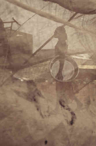 Mabeye Deme, série «Wallbeuti, l'envers du décor», 2018. Tirage numérique sur papierHahnemühle, édition 2/2 (50 cm x 70 cm, 2 300 euros).