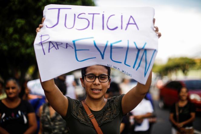 Manifestation en soutien à Evelyn Hernandez à San Salvador, le 9 septembre 2019.