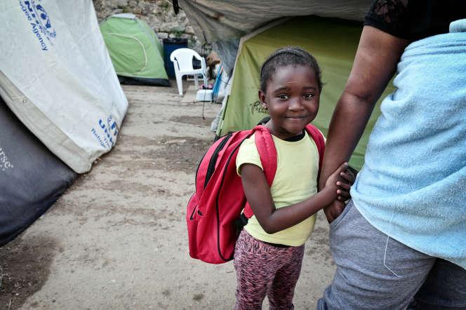 Une fillette dans un camp de réfugiés au Mali, en octobre 2016.