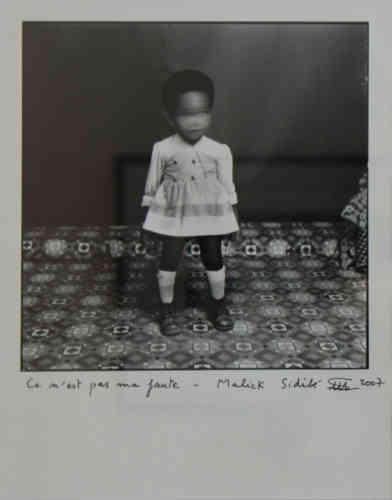 Malick Sidibé, « C'est pas ma faute». Tirage argentique sur papier baryté de 2007 (30 cm x 40 cm, 950 euros).