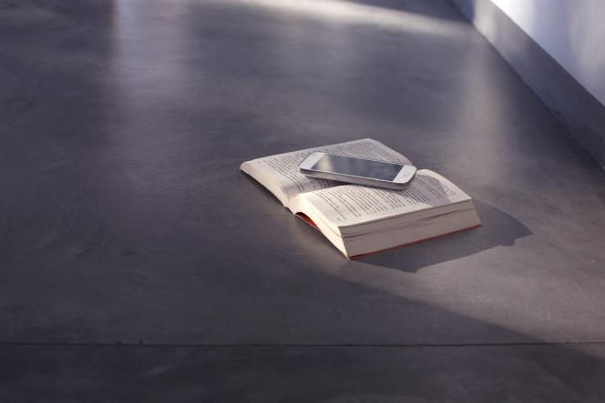 On voit notamment dans cette étude que les plus jeunes lisent bien moins que les plus âgés.