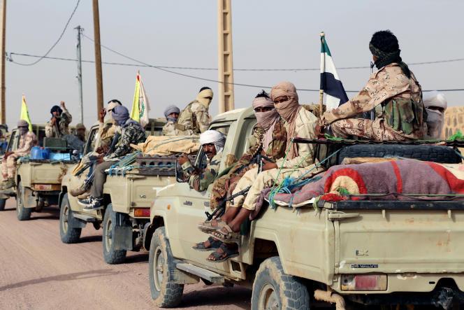 Combattants touareg de la Coordination des mouvements de l'Azawad (CMA) près de Kidal, le 28 septembre 2016.
