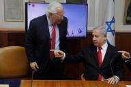 L'ambassadeur américain en Israël, David Friedman, aux côtés du premier ministreBenyamin Nétanyahou, à Jérusalem, en juillet 2019.
