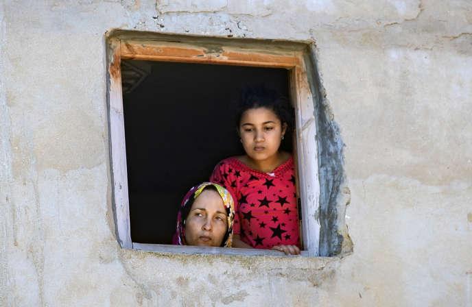 Des femmes confinées à la maison,dans la ville portuaire deSafi, le 9 juin.