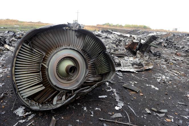 Une photo de septembre 2014 montrant des débris duBoeing MH17 de la compagnie Malaysia Airlines qui s'est écrasé le 17juillet, à Hrabove, à 80 km de Donetsk, en Ukraine.