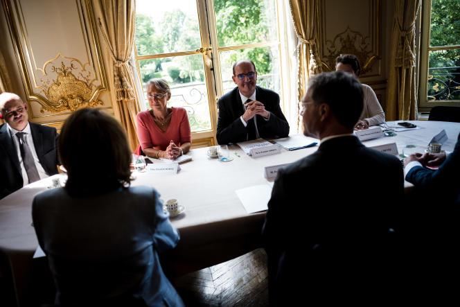 Le premier ministre, Jean Castex, reçoit les partenaires sociaux à Matignon, le 9juillet 2020.