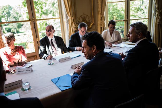 Le premier ministre, Jean Castex, reçoit les partenaires sociaux, à l'hôtel Matignon, le 9juillet 2020.