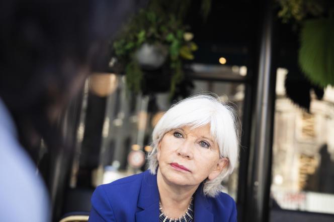 L'économiste Laurence Tubiana, au café Etienne Marcel, le 8 juillet à Paris.