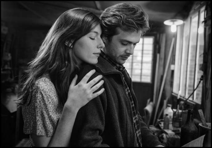 Louise Chevillotte (Geneviève) et Logann Antuofermo (Luc) dans « Le Sel des larmes », de Philippe Garrel.