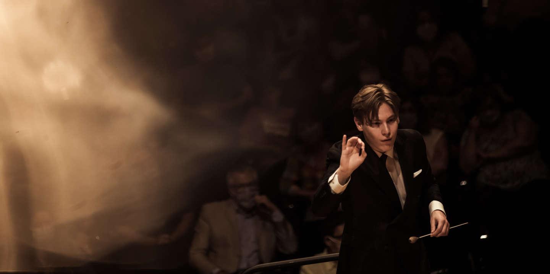 La Philharmonie se déconfine sous la juvénile baguette de Klaus Mäkelä, 24 ans seulement