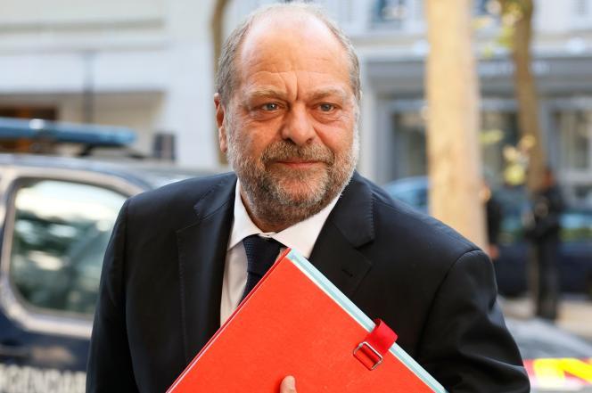 Le ministre de la justice, Eric Dupond-Moretti, arrivant à une séance de travail du gouvernement, avenue de Ségur, à Paris, le 11 juillet.