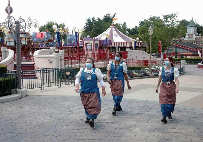 Le parc d'attractions Disneyland Paris, à Marne-la-Vallée (Seine-et-Marne), à quelques jours de sa réouverture, le 9 juillet.