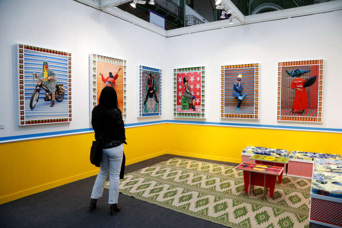 Photos de l'artiste marocain Hassan Hajjaj, lors de la 23e édition de Paris Photo, au Grand Palais, le 6 novembre 2019.