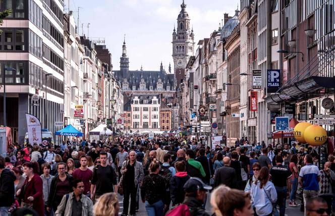 Dans les rue de Lille pendant la braderie, en septembre 2017.