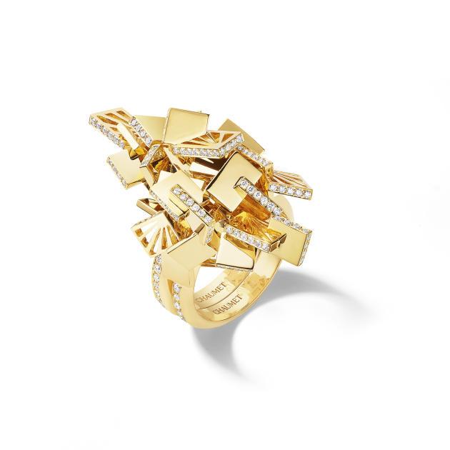 Bague transformable Skyline, en or jaune et diamants taille brillant,Chaumet.