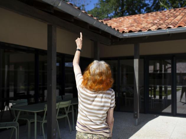 Le 11 juin, le premier «village Alzheimer» ouvrait en France, à Dax, dans les Landes, sur un terrain sécurisé de 5 hectares.