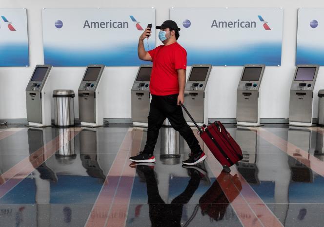 Bornes de check-in de la compagnie à l'aéroport Ronald-Reagan de Washington, le 12 mai.