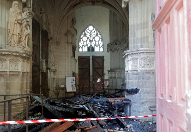 L'intérieur de la cathédrale de Nantes, ravagée par un incendie, le 18 juillet.