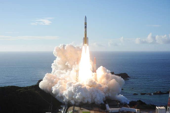 Décollage de la fusée japonaise, avec la sonde émiratie« Al-Amal» à destination de Mars à son bord, de Tanegashima (Japon), le 20juillet.